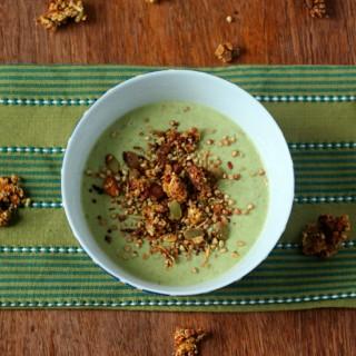 Green smoothie breakfast bowl