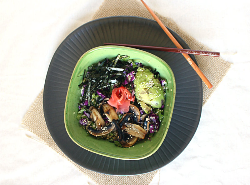 Grain free sushi bowls made with quinoa and vegetables by to her core