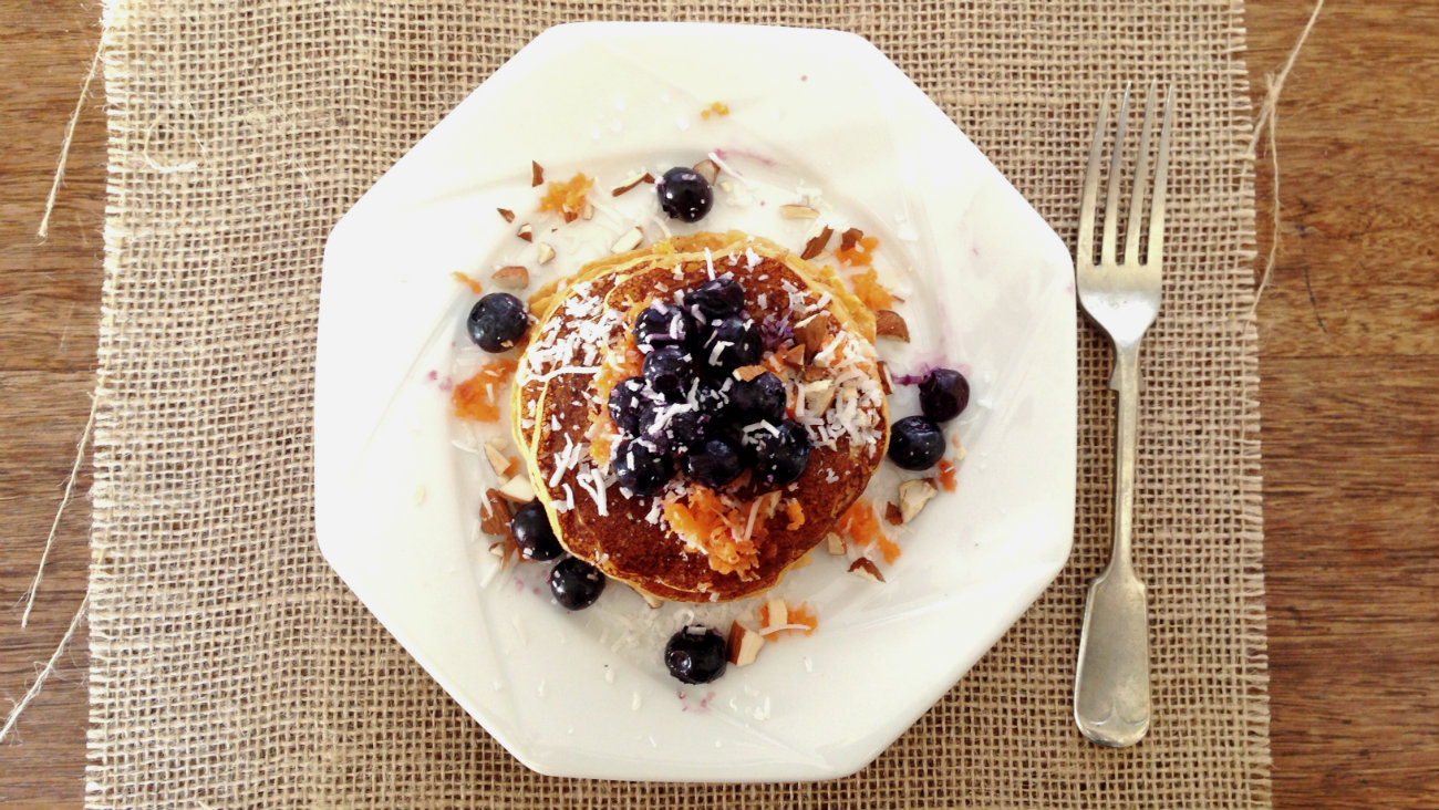 carrot-cake-pancakes-Jessica-Cox