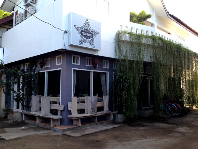 taco restaurant gili t - to her core