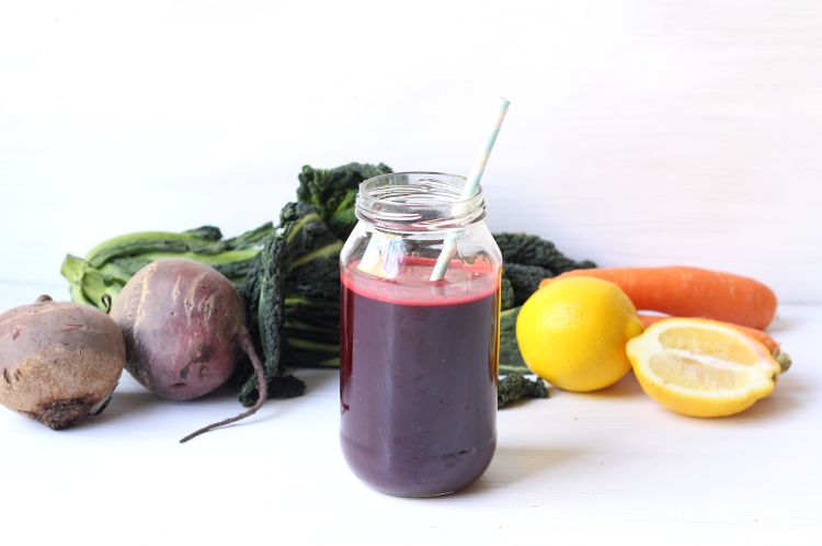 Quick, easy and delicious fresh juice without a juicer