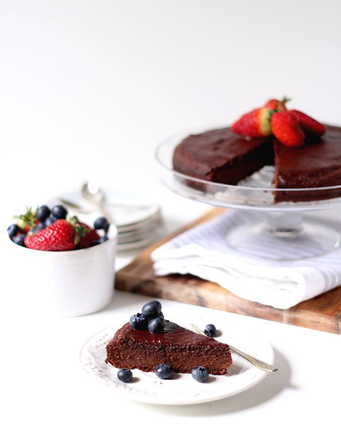 The best ever chocolate fudge cake + happy first blog birthday!