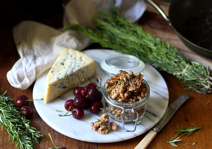 Roasted salty honey and rosemary walnuts - to her core