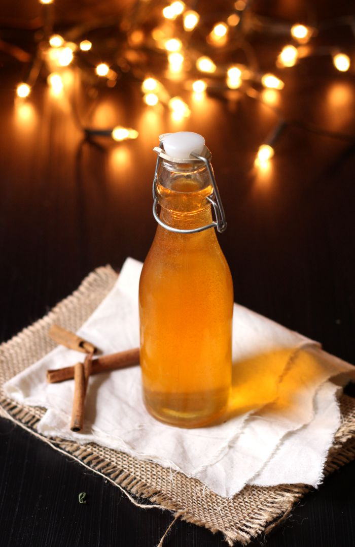 spiced Christmas kombucha - to her core