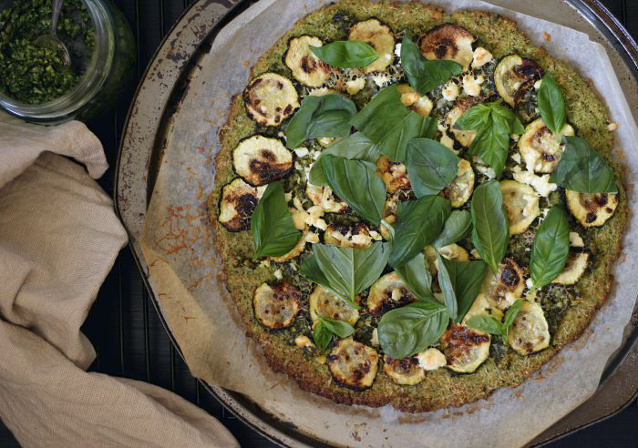 Green vegetable pesto pizza (grain free)