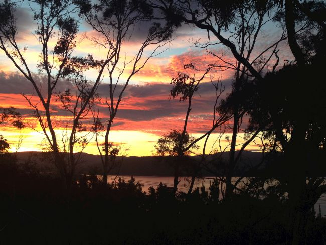 The last sunset of 2014 | Bruny Island, Tasmania