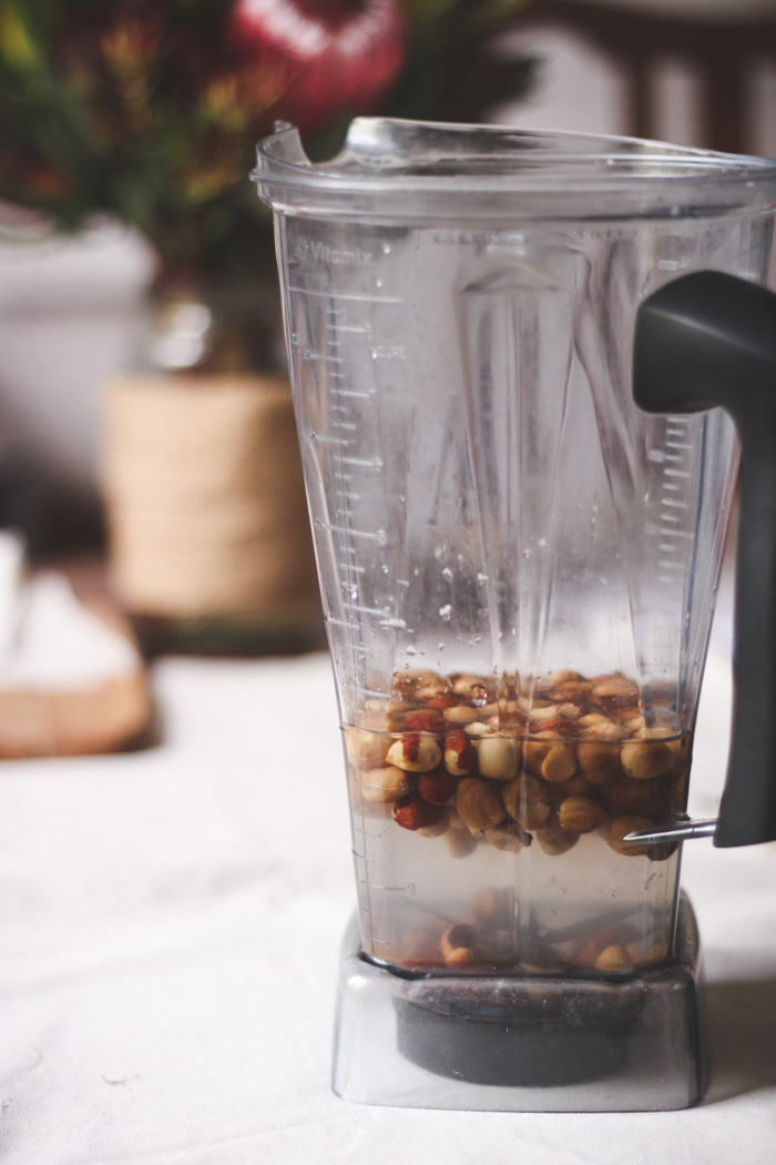 Homemade roasted hazelnut milk http://www.tohercore.com
