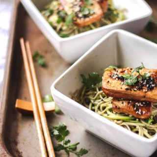 Soba noodles with ginger-spiked green dressing and roasted tofu