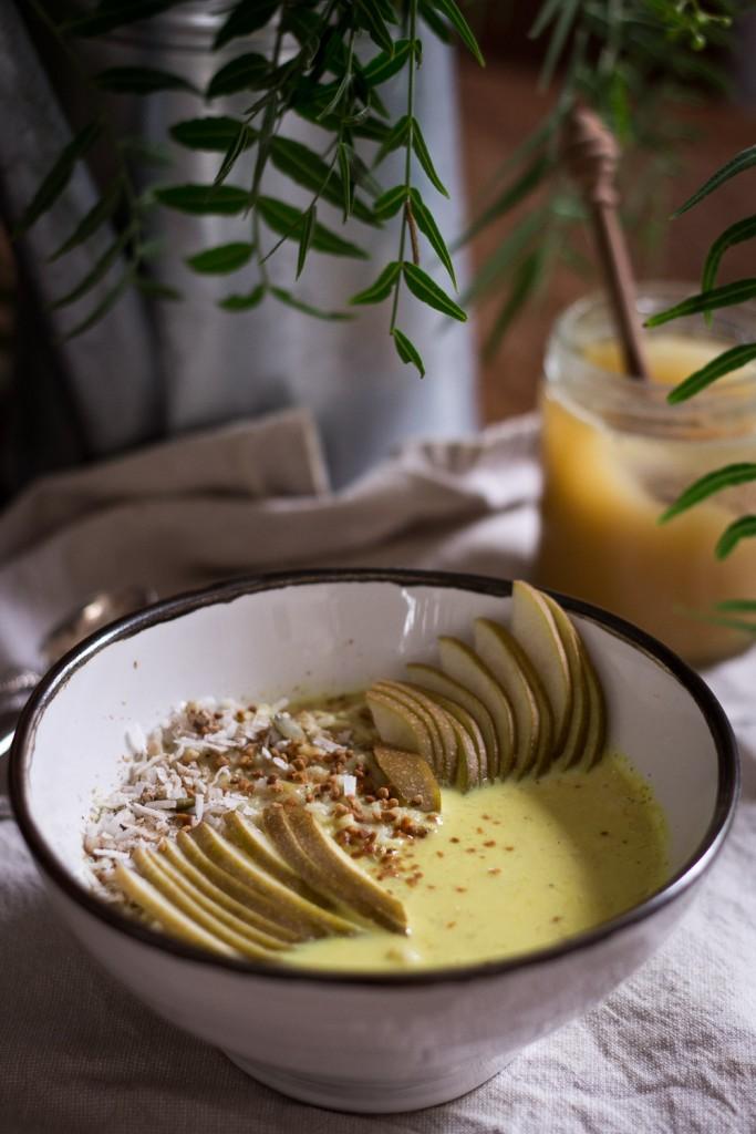 Golden milk porridge - to her core 3