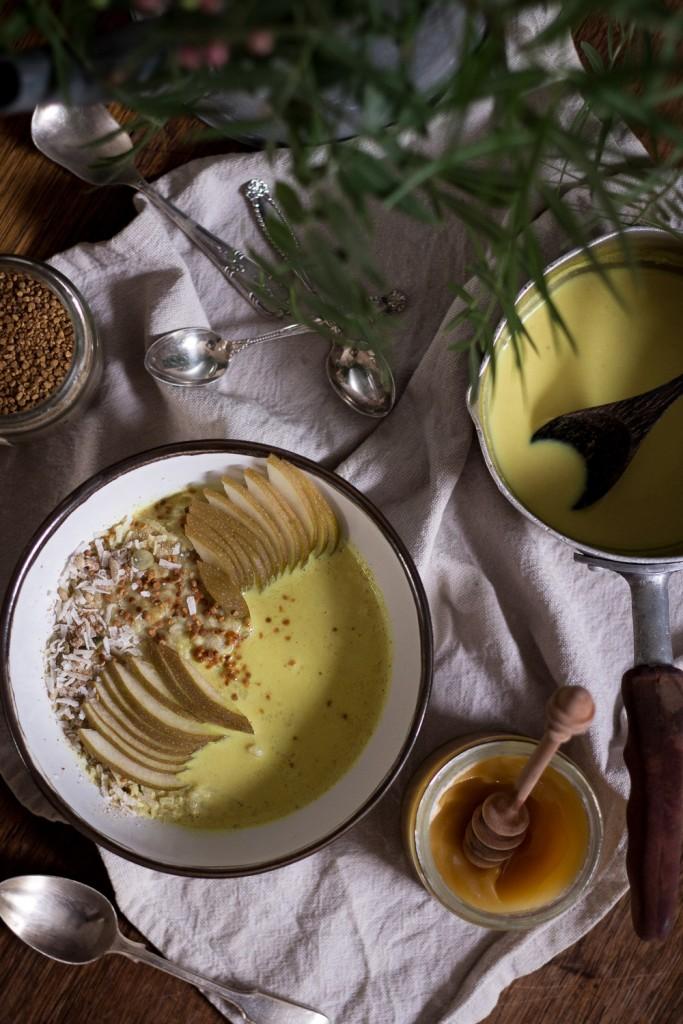 Golden milk porridge - to her core 4