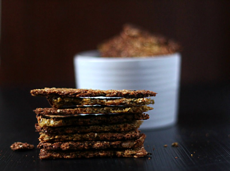 Paleo-vegetable-crackers-to-her-core-1