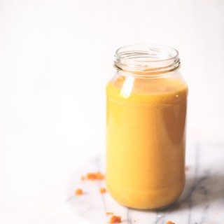Golden turmeric, orange and carrot smoothie - to her core