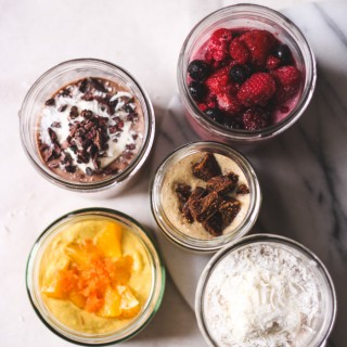 A weeks worth of healthy, delicious porridge pots - to her core